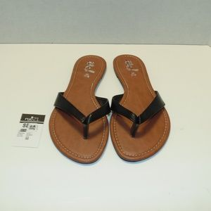 Black/Brown Flat Sandals Size 6-9